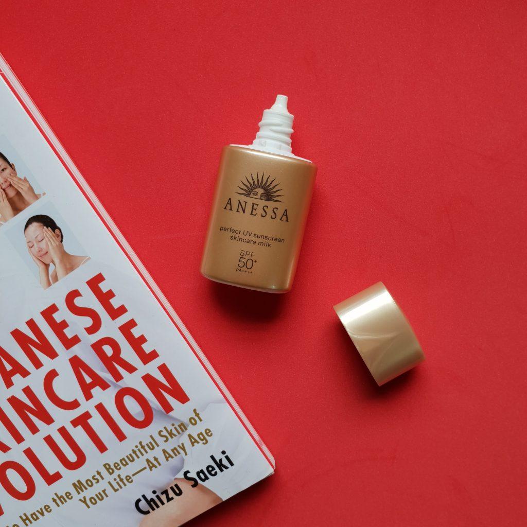 review-kem-chong-nang-anessa-perfect-uv-sunscreen-skincare-milk-spf-50-pa-Dep14-5
